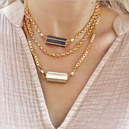 Madras necklace enamel white