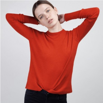 Red cachemire sweater