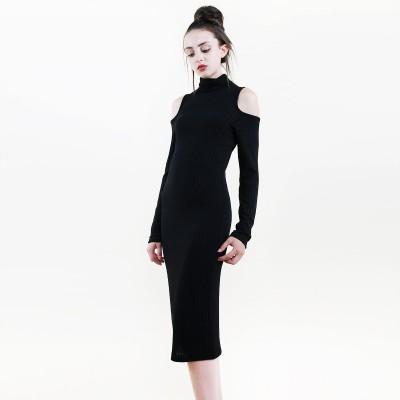Turtleneck shoulderless dress